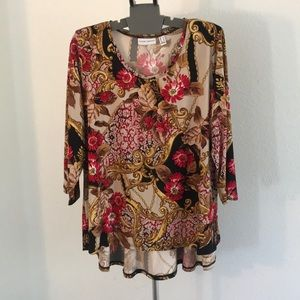 Susan Graver red and gold floral print blouse L